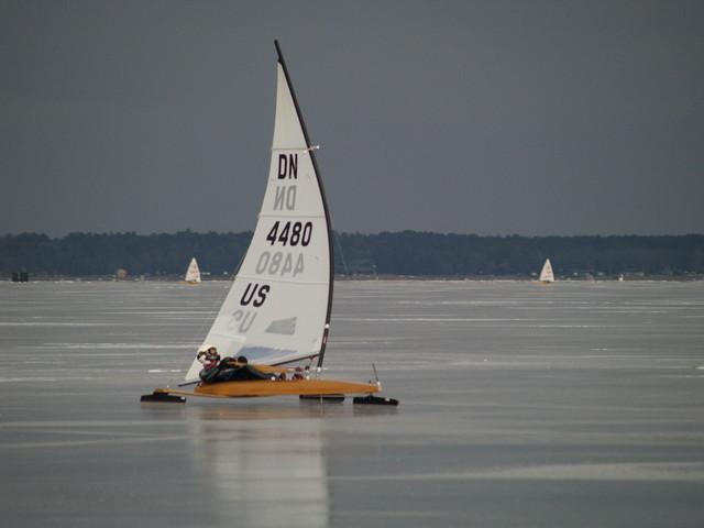 07w048.jpg