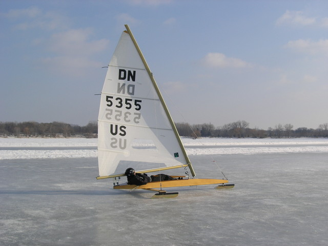 Sailing the track on Lake Phalen 2/7/09